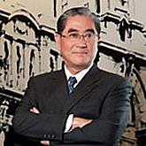 副董事長林明成